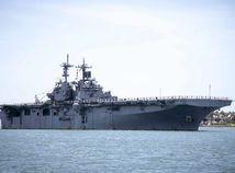Vrtuľníková lod / USA /