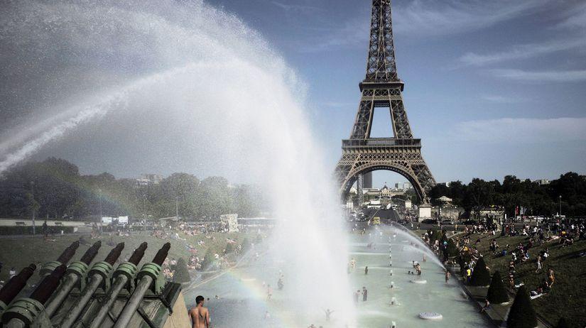 horúčavy / Paríž / Francúzsko /