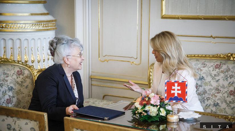 Zuzana Čaputová, Daniela Švecová