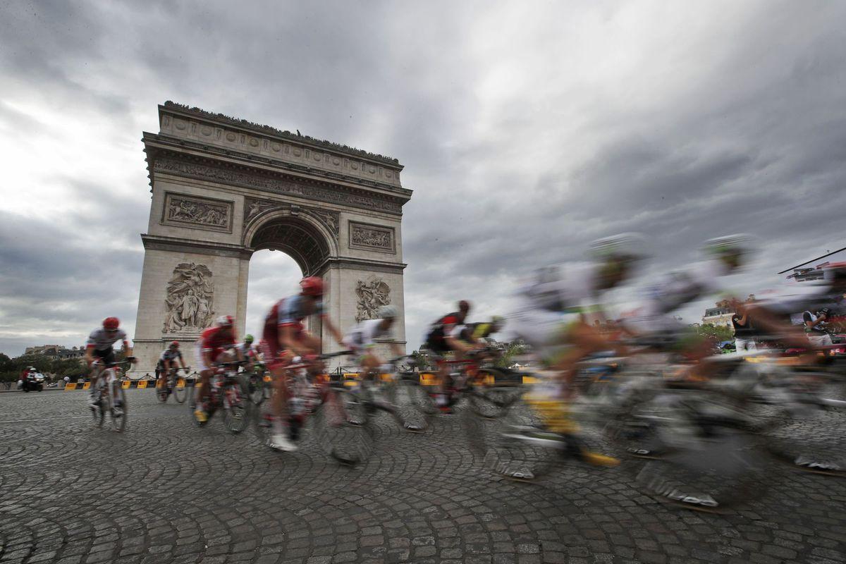 Tour de France, Víťazný oblúk