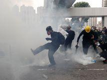 Hongkong Čína demonštrácia polícia zásah