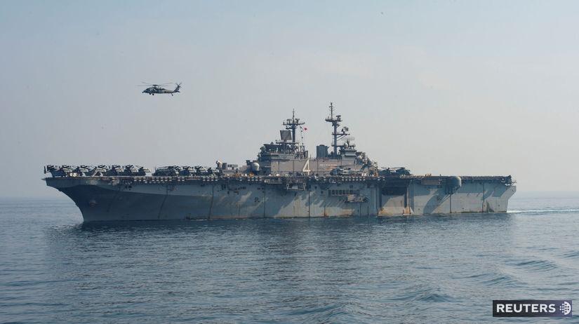 loď, more, vrtuľník, perzský záliv, arabské,...