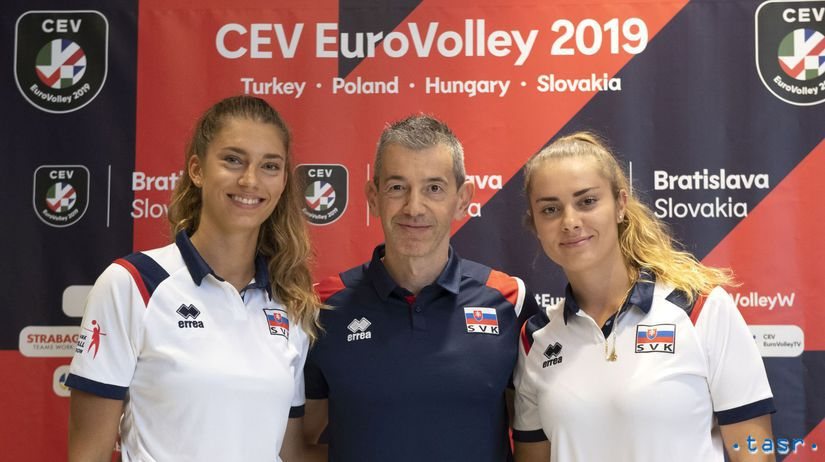 Barbora Koseková, Nikola Radosová, Marco Fenogli