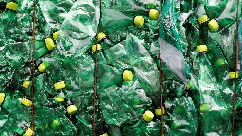 Slovenskí obchodníci odmietajú zálohovanie PET fliaš, sú za zlepšovanie separovaného zberu