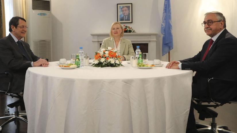 Cyprus / Gréci / Turci / mierové rozhovory /
