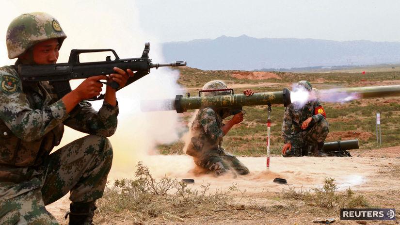 výcvik / armáda / Čína /