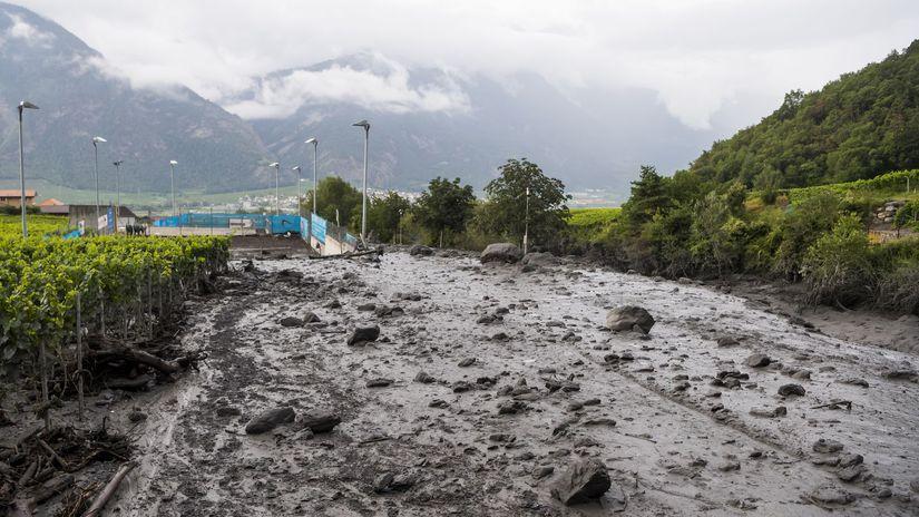 švajčiarsko, povodeň, voda, záplavy, potok, bahno