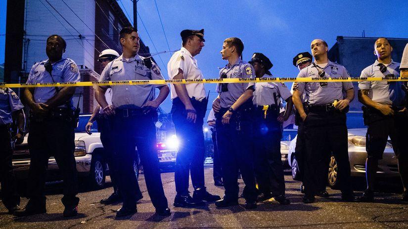 policajti, streľba, USA, filadelfia, polícia