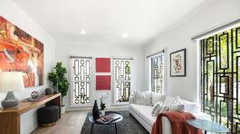Jedna z miestností v koloniálnom dome, ktorý si kedysi prenajímala v Los Angeles vojvodkyňa Meghan Markle.