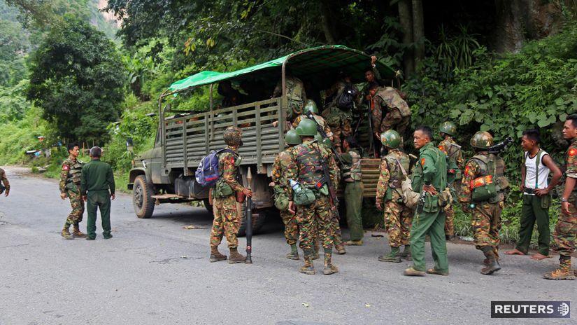 Mjanmarsko / armáda /
