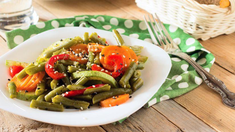 Fazuľka so sezamovými semienkami a s paprikou