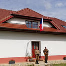 sklabiňa, snp 75. výročie, vlajka, vojak