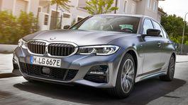 BMW-330e Sedan-2019-1024-17