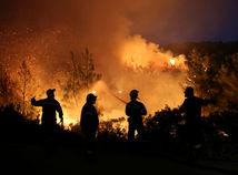 grécko, hasiči, lesný, požiar,