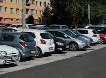 parkovanie, parkovacia politika, petrzalka,