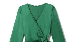 Zelené zavinovacie šaty s dlhým rukávom Reserved. Predávajú sa za 59,99 eura.