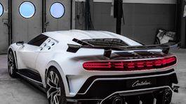Bugatti-Centodieci-2020-1024-12