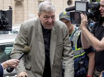 Australia Cardinal Charged Obstacles