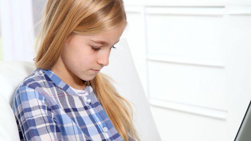 deti, dieťa, dievča, zneužívanie, internet