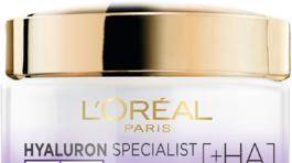 Ľahký a zároveň vyživujúci denný krém Hyaluron Specialist od L'Oréal Paris. Zanecháva pokožku pevnejšiu, redukuje vrásky a intenzívne hydratuje. Predáva sa za 9,99 eura.