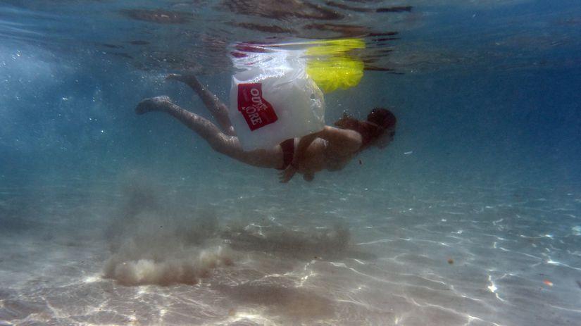 stredozemnké more, plasty, odpad,