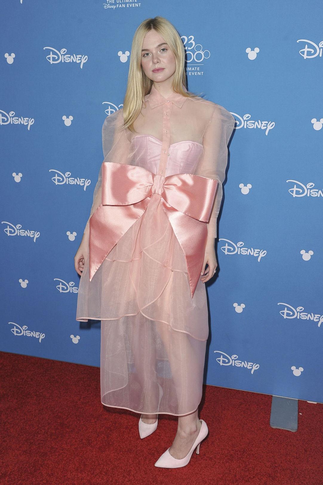 Herečka Elle Fanning sa predviedla v kreácii s...