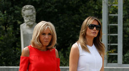 Brigitte Macron (vľavo) a Melania Trump