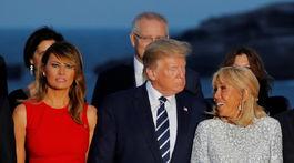Donald Trump s manželkou Melaniou (vľavo) a Brigitte Macronovou