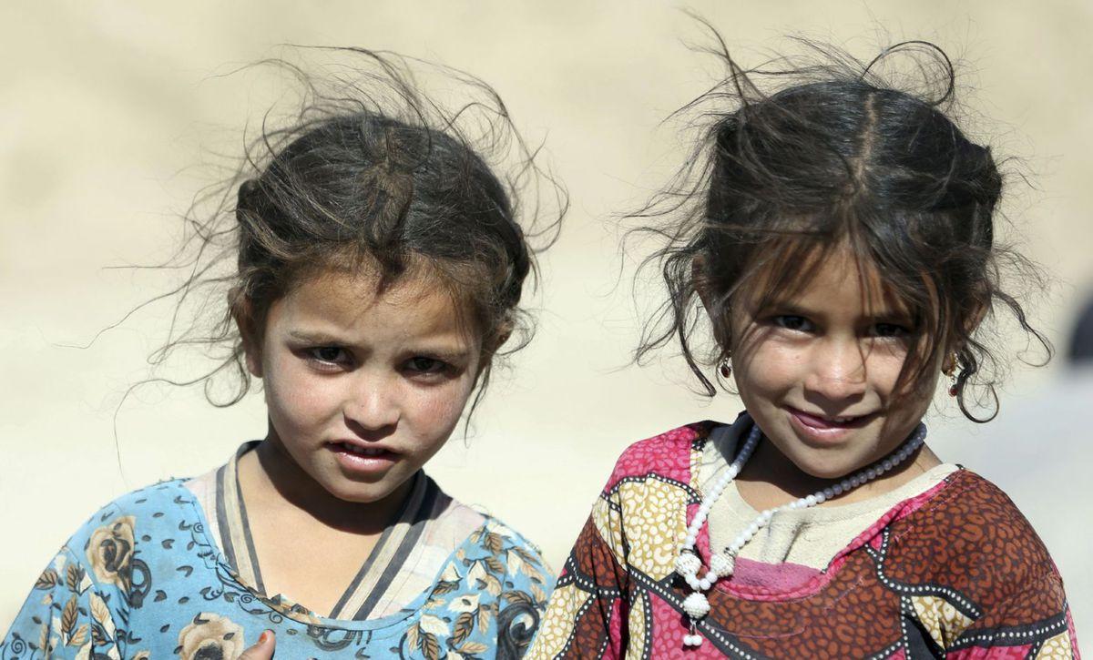 Afganistan, dievčatá, deti, úsmev, Kábul