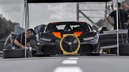 Bugatti Chiron - rýchlostný rekord 2019