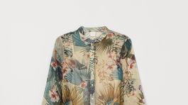 Šaty s florálnou potlačou od značky H&M. Predávajú sa za 39,99 eura.