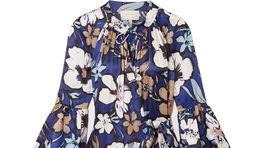 Šaty s florálnym motívom od značky Munthe. Predávajú sa za 384 eur.