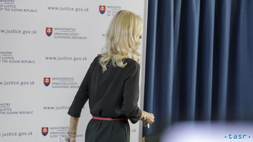 SR Bratislava Justícia Jankovská TK Odstúpenie BAX