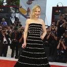 Herečka Cate Blanchett na premiére filmu Joker predviedla kreáciu Armani Privé.