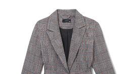 Dámske sako s károvaným vzorom a viazačkou Reserved, predáva sa za 39,99 eura.