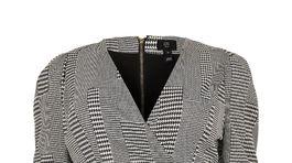 Dámske šaty s károvaným vzorom River Island, predávajú sa za 66 eur.