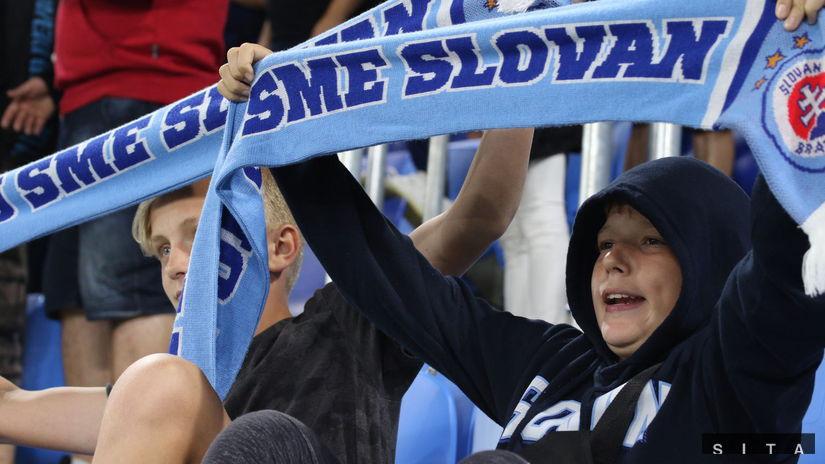 Fanúšikovia, Slovan