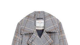 Károvaný kabát s prímesou vlny Lindex. Predáva sa za 89,99 eura.