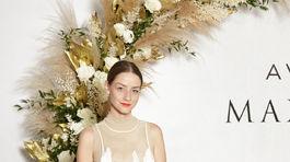 Na slávnostnom uvedení novej vône sa objavila aj Barbara Jagušák. V šatách od Lukáša Krnáča.