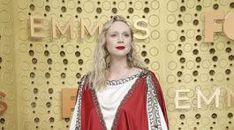 Herečka Gwendoline Christie v kreácii z dielne Gucci.