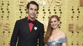 Manželia Sacha Baron Cohen a Isla Fisher.