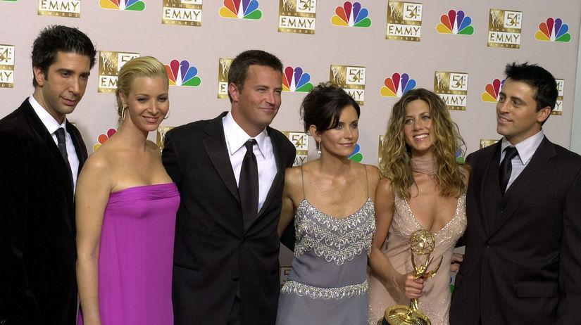 Záber z roku 2002 - hviezdy seriálu Priatelia -...