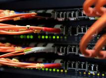 kábel / počítač /