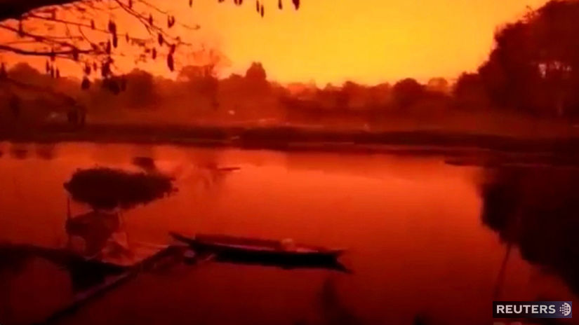 SOUTHEASTASIA-HAZE/INDONESIA-RED SKY