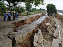 Pakistan / zemetrasenie /