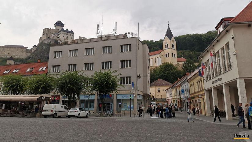 trenčín, námestie