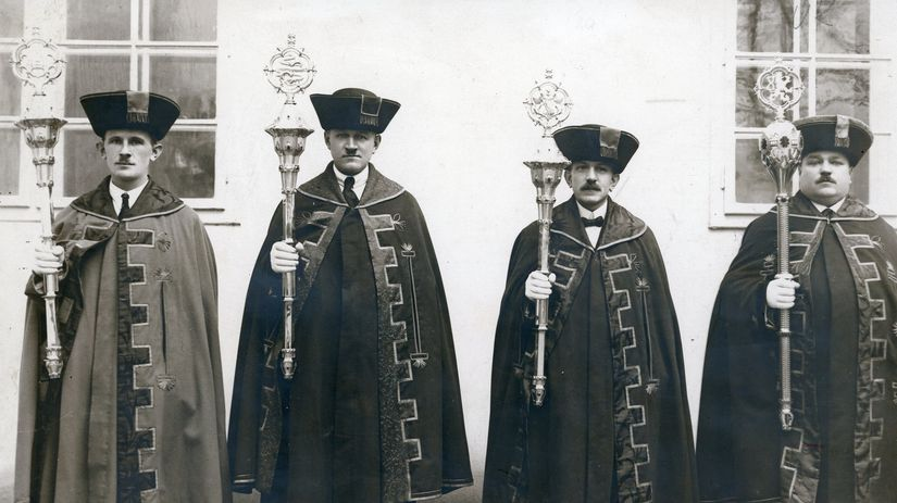 ceremoniári, Univerzita Komenského