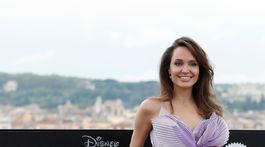 Herečka Angelina Jolie na premiére filmu Vládkyňa zla 2.