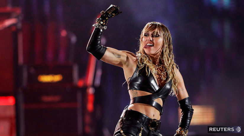 Speváčka Miley Cyrus na akcii iHeartRadio Music...