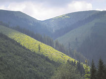 Na hrebeňoch Tatier platí výstraha 3. stupňa pred mimoriadne silným vetrom